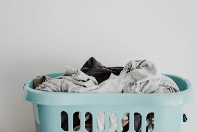 Sustainable Laundry Tips for Fashion Clothes
